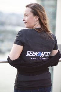 Seekahosters-working-remotely-living-the-laptop-lifestyle-as-bloggers